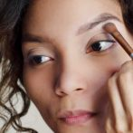 What is the difference between using brow powder and brow pencil?